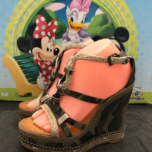 Naughty Monkey Camo Boho Wedge Sandals Size 8